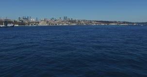 Il panorama della vista da Horn dorato sulla condotta pende città video d archivio