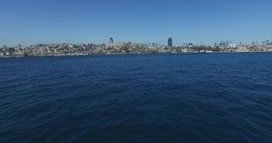 Il panorama della vista da Horn dorato sulla condotta pende città stock footage