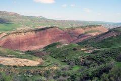 Il panorama delle montagne caucasiche fotografie stock