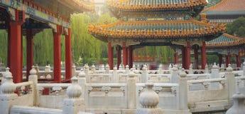 Il parco di Beihai è un giardino imperiale fotografia stock