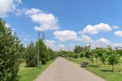 Il parco pubblico Izvor a Bucarest Immagini Stock Libere da Diritti