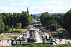 Il parco unico della scultura è lifework del ` s di Gustav Vigeland con più di 200 sculture in bronzo, granito e Fotografie Stock Libere da Diritti