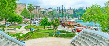 Il parco in vecchio porto di Adalia Fotografia Stock