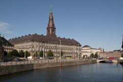 Il Parlamento Christiansborg di Kopenhagen Slotsholmen Fotografia Stock