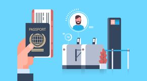 Il passaporto ed i biglietti della tenuta della mano di affari all'aereo più controllano l'analizzatore all'uomo dell'aeroporto d royalty illustrazione gratis