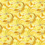 Il pavone giallo mette le piume al fondo senza cuciture del modello Immagini Stock Libere da Diritti