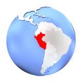 Il Perù sul globo metallico isolato royalty illustrazione gratis