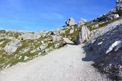 Il percorso fra le rocce Fotografia Stock Libera da Diritti