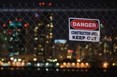 Il pericolo impedisce di entrare il recinto Fotografie Stock Libere da Diritti