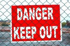 Il pericolo mantiene fuori Immagini Stock