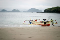 Il pescatore va pescare Immagini Stock Libere da Diritti