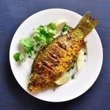 Il pesce arrostito immagine stock