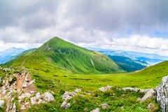 Il più alta montagna dell'Ucraina Hoverla 2061 m. Cresta di Chornogora, Ucraina Immagini Stock Libere da Diritti