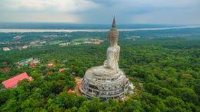 il più grande Buddha sulla montagna nell'est della Tailandia Immagine Stock Libera da Diritti