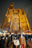 Il più vecchio mercato di Natale a Europa - Strasburgo, l'Alsazia, Fran Immagine Stock