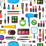 Il piano compone i cosmetici degli strumenti, la mascara ed il fondo senza cuciture del modello delle spazzole Vettore Immagine Stock