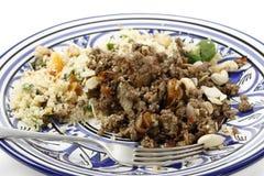 Il piatto di stile marocchino trita e cuscus Fotografia Stock Libera da Diritti