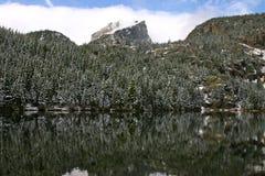 Il picco di Hallett sul lago bear Fotografia Stock Libera da Diritti