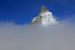 Il picco leggendario in nuvole, Svizzera del Cervino Fotografie Stock Libere da Diritti