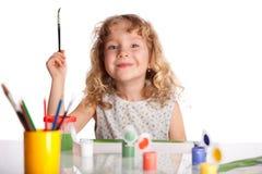 Il piccolo bambino felice estrae la pittura Fotografia Stock Libera da Diritti
