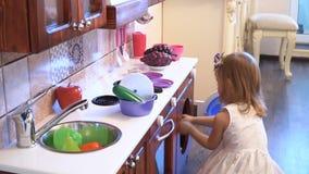 Cucina giocattolo con lavatrice - Il gioco della cucina ...