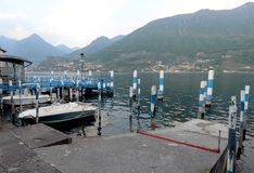 Il piccolo porto di Carzano Fotografia Stock Libera da Diritti