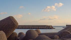 Il piedistallo concreto è stato destinato per resistere alle onde di tsunami agisce come Thok ed attenua la quantità di acqua che Immagine Stock Libera da Diritti