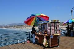 Il pilastro sulla spiaggia di Santa Monica, California Immagini Stock