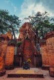 Il Po Nagar Cham si eleva sedere Po Nagar di Thap fotografie stock