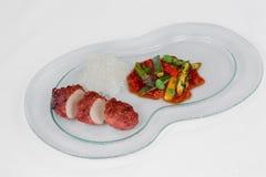 Il pollo indiano del piatto il tandoor con salsa piccante immagini stock