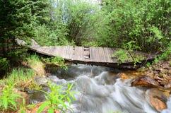 Il ponte attraverso fotografie stock