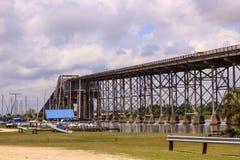 Il ponte del fiume di Calcasieu in Westlake, U.S.A. immagini stock libere da diritti
