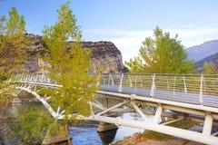 Il ponte del fiume Sarca alla polizia del sul di Torbole, Italia del Nord Fotografia Stock