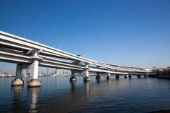 Il ponte dell'arcobaleno a Tokyo Immagini Stock