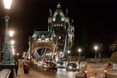 Il ponte della torre di notte Fotografia Stock