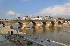 Il ponte di pietra Skopje Fotografia Stock Libera da Diritti