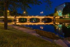 Il ponte lungo alla notte Fotografia Stock Libera da Diritti