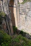 Il ponte a Ronda In le montagne della Spagna del sud Fotografia Stock Libera da Diritti
