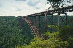 Il ponte sopra la nuova gola del fiume in Virginia Occidentale fotografia stock