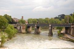 Il ponticello attraverso Tiber Fotografie Stock