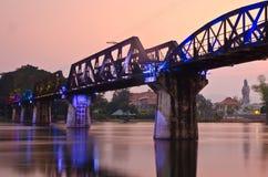 Il ponticello del kwai del fiume immagini stock