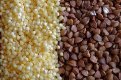 Il porridge del miglio del grano e del grano saraceno struttura la fotografia di alta qualità della farina di grano saraceno prem Fotografie Stock