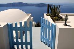 Il portello blu si è aperto nel mare Fotografie Stock