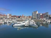 Il porto del ³ n del gijà in Asturie fotografia stock