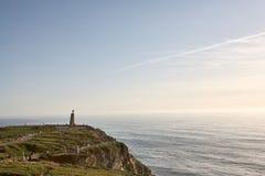 Il Portogallo d'esplorazione Oceano di Cabo da Roca e landsc di Mountain View immagini stock libere da diritti