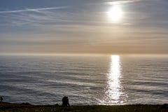 Il Portogallo d'esplorazione Oceano di Cabo da Roca e landsc di Mountain View immagine stock