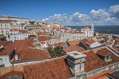 Il Portogallo, Lisbona La piattaforma di osservazione Portas fa il solenoide immagini stock