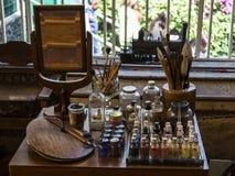 Il posto di lavoro ed i materiali originali del pittore Frida Kahlo de Rivera dal Messico, fotografia stock