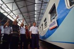 Il prima del viaggio di treno espresso di Ambarawa Immagini Stock