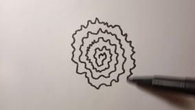Il processo di disegno della fodera a spirale del nero del fiore video d archivio